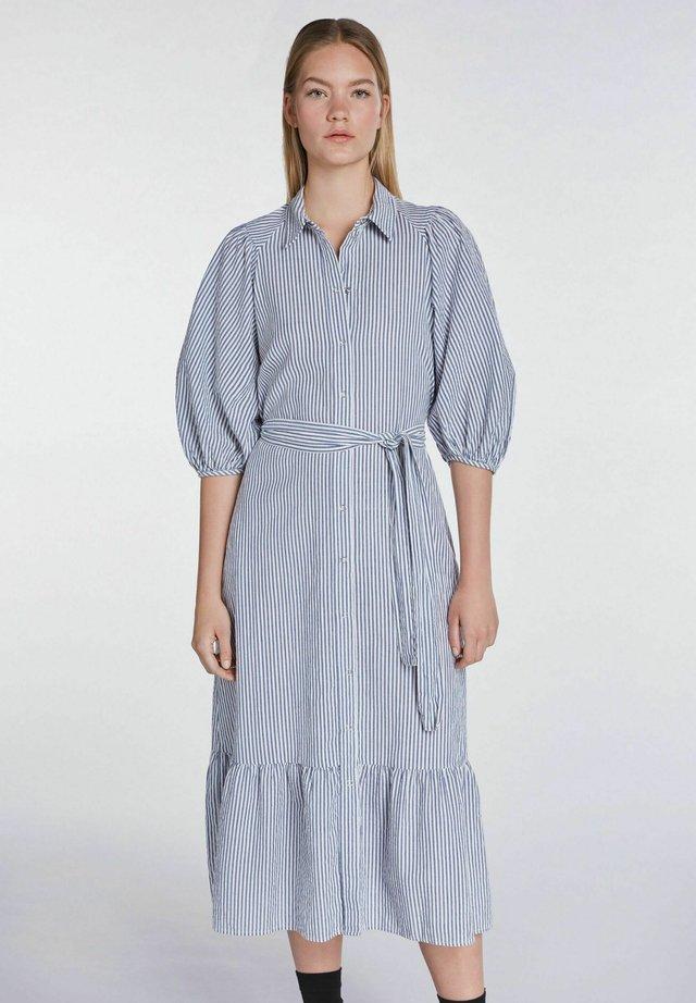 MIT STREIFEN - Robe chemise - blue white