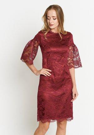 Day dress - burgund