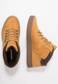 Timberland - DAVIS SQUARE HIKER - Sneaker high - wheat - 1