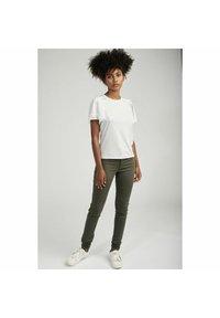 NAF NAF - Basic T-shirt - grey - 1