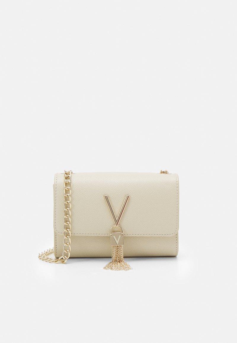 Valentino Bags - DIVINA  - Kopertówka - off white