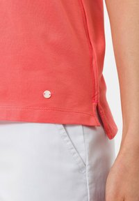 BRAX - STYLE CLEO - Polo - coral - 4
