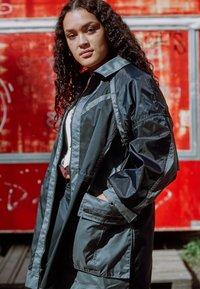 Jordan - NEXT UTILITY JACKET - Short coat - black/iron grey/black - 2