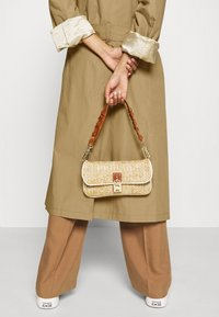 Hope - DUAL COAT - Trenchcoat - beige - 4