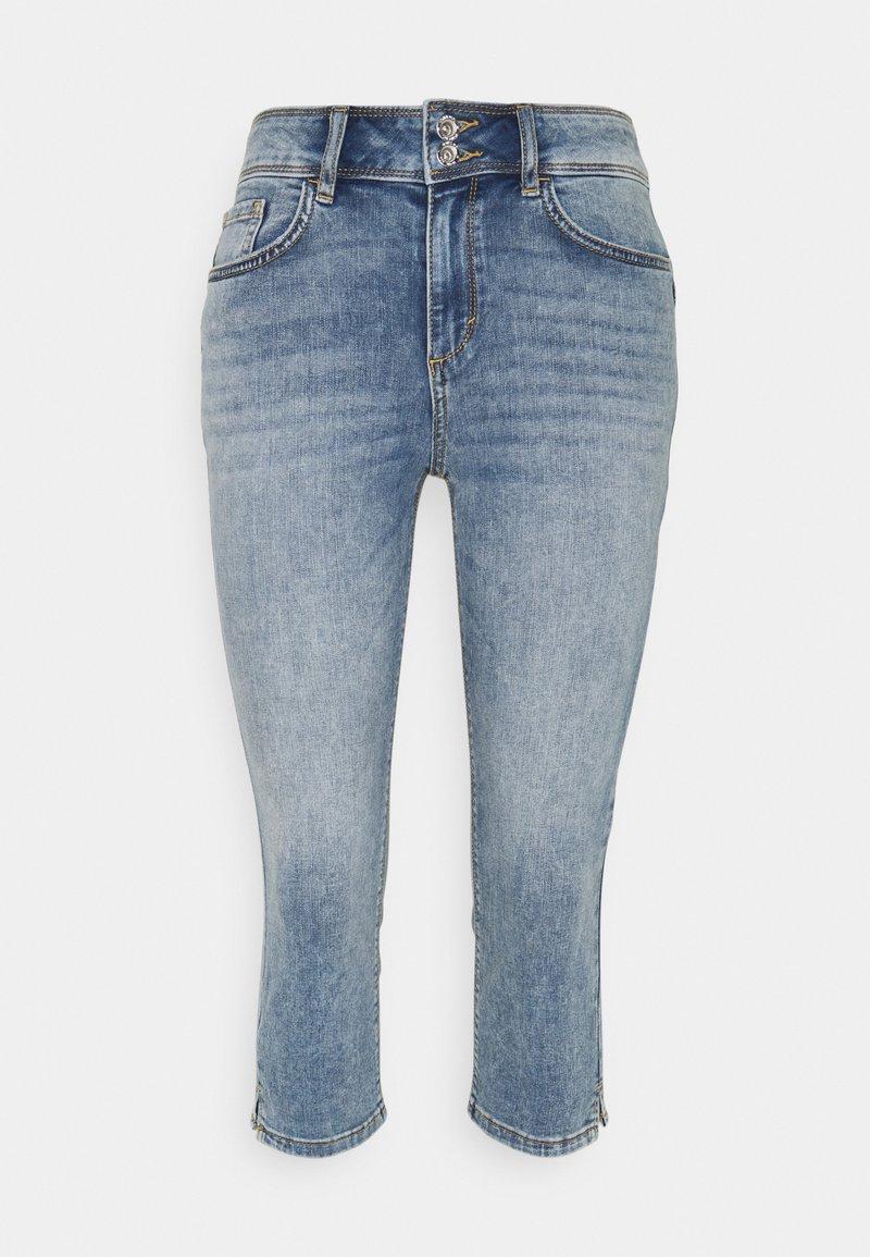TOM TAILOR - KATE CAPRI - Shorts - random bleached  blue denim