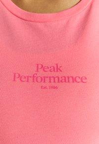 Peak Performance - ORIGINAL LIGHT TEE - Basic T-shirt - alpine flower - 4