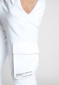 Only & Sons - ONSWF KENDRICK - Pantaloni sportivi - white - 6