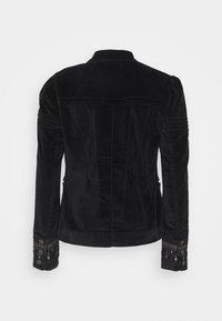 Free People - MAVEN PINTUCK JACKET - Light jacket - black - 1