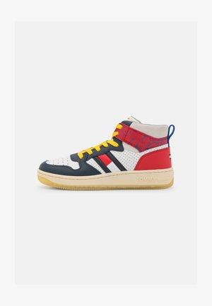 ELEVATED MID CUT BASKET  - Sneakers hoog - twilight navy