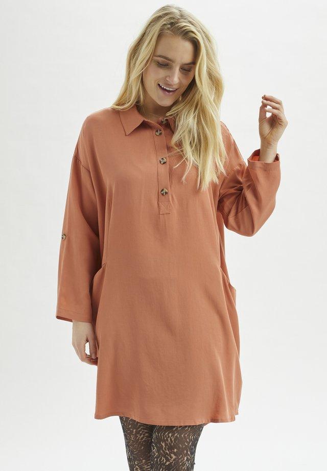 KAMAKU - Robe chemise - aragon