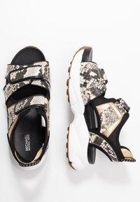 MICHAEL Michael Kors - HARVEY - Platform sandals - nature/black - 3