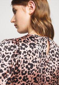 Claudie Pierlot - REYNA - Day dress - clair - 7