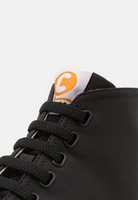 Camper - PEU TOURING - Sneakers hoog - black - 5