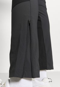 8848 Altitude - TRINITY PANT AIRFORCE - Bukse - charcoal - 4