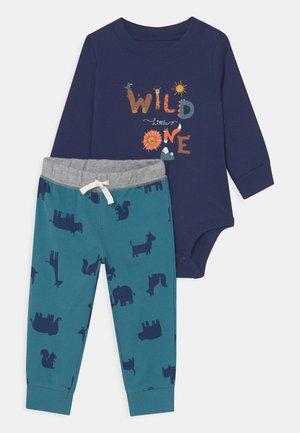 WILD - Pantaloni - multi-coloured