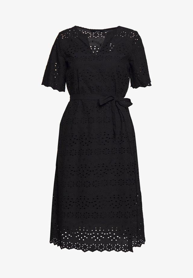 VMKAROLINE CALF DRESS - Denní šaty - black