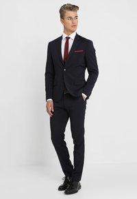 Tommy Hilfiger Tailored - REGULAR FIT - Formal shirt - white - 1