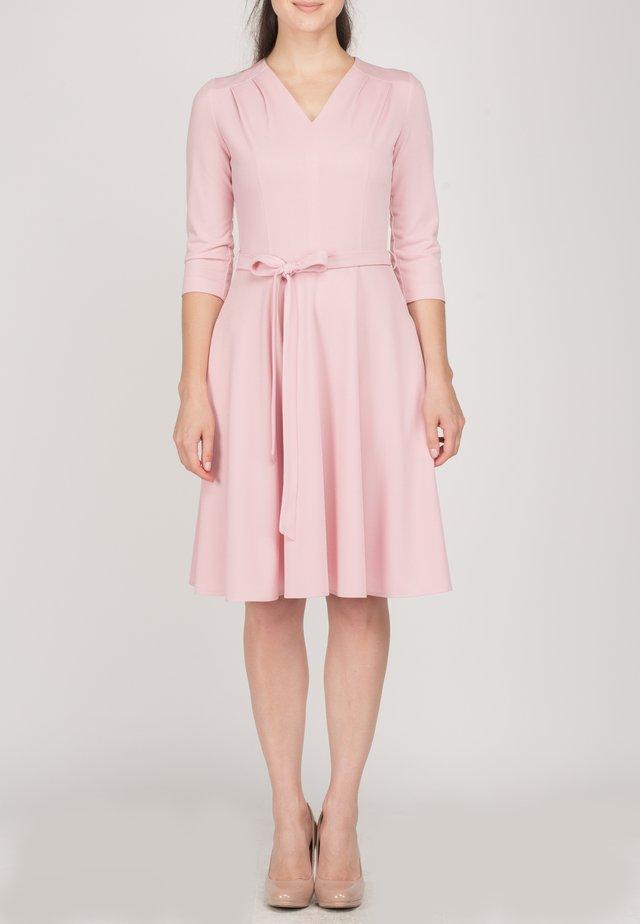 FLARED - Korte jurk - pink