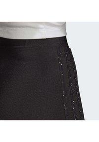 adidas Originals - SHORT TIGHTS - Shorts - black - 6