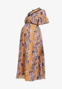 Hope & Ivy Maternity - FLORAL SHORT SLEEVE DRESS - Maxi šaty - orange - 3
