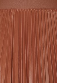 MAX&Co. - FLAVIANA - Pleated skirt - rust - 2