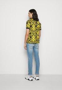 Versace Jeans Couture - PRINT LOGO BAROQUE  - Polo - black - 2