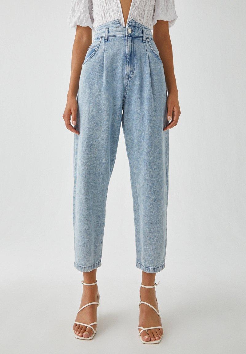 PULL&BEAR - Relaxed fit jeans - mottled light blue