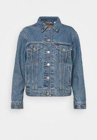 Levi's® - EX-BOYFRIEND TRUCKER - Giacca di jeans - concrete indigo - 3