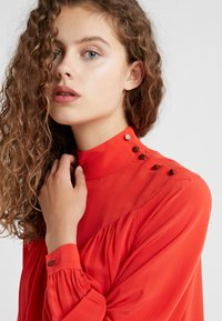 CLOSED - DANNI - Bluse - scarlet red - 4