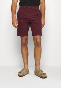 GAP - IN SOLID - Shorts - pinot noir - 0