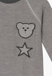 Turtledove - BADGED COSY PLAYSUIT BABY - Jumpsuit - grey - 3