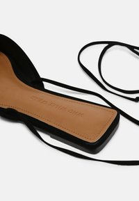 Who What Wear - EVELYN - Mules - black - 5