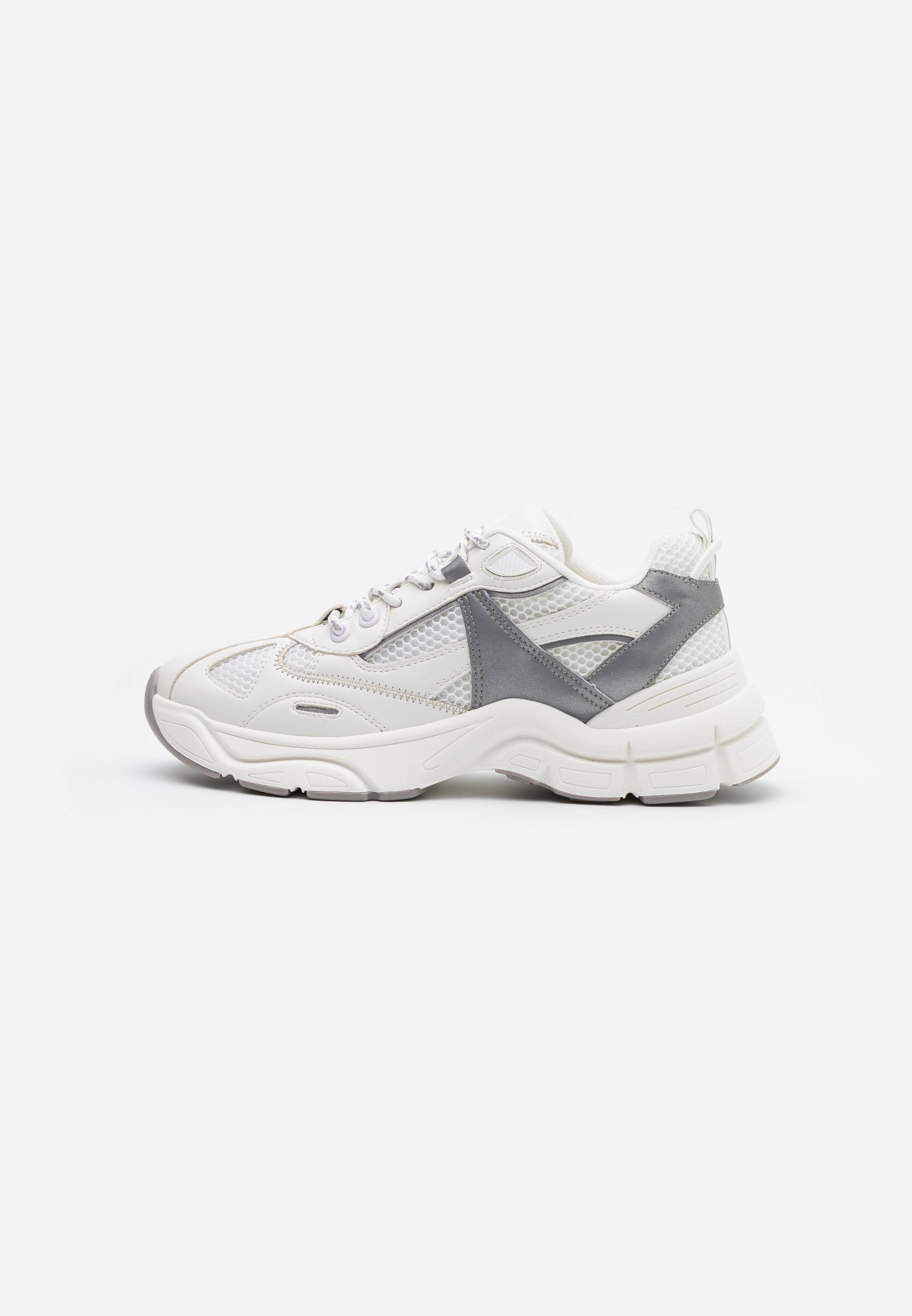 CAMBER CHUNKY Sneakers white