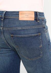 Selected Homme - SHNSLIM LEON - Jeans Slim Fit - medium blue denim - 4