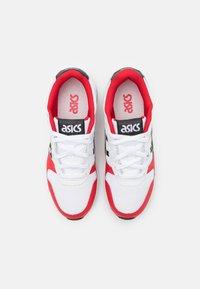 ASICS SportStyle - LYTE CLASSIC UNISEX - Sneakers - white/black - 3