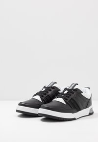 Bikkembergs - SCOBY - Trainers - black/white - 2