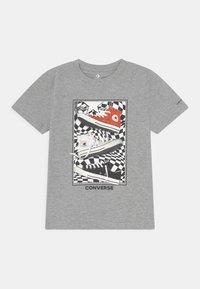 Converse - PHOTOREAL BITMAP TEE - T-Shirt print - dark grey heather - 0