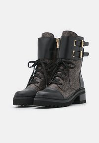 DKNY - BART COMBAT BOOT BUCKLE - Lace-up ankle boots - brown/black - 2
