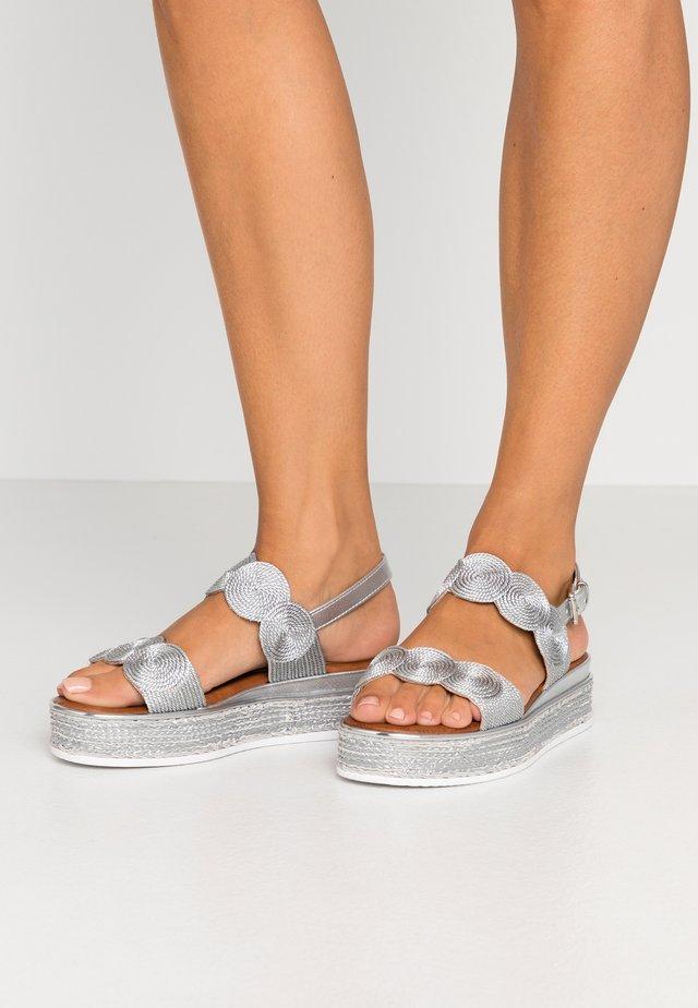 Espadrilles - silver