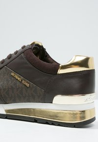 MICHAEL Michael Kors - ALLIE - Trainers - brown - 6