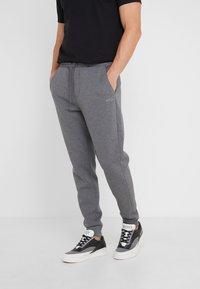 BOSS - HADIKO  - Pantaloni sportivi - medium grey - 0