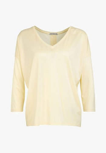 VENJA - Long sleeved top - yellow
