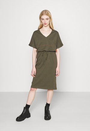 ADJUSTABLE WAIST DRESS - Žerzejové šaty - khaki
