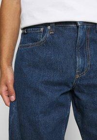 Calvin Klein Jeans - REGULAR  - Džínové kraťasy - blue - 3