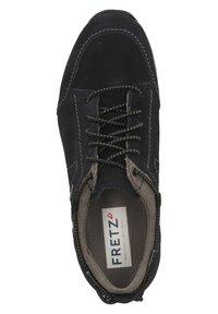 Fretz Men - Sznurowane obuwie sportowe - blue - 1