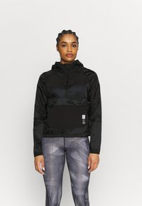 Under Armour - RUN ANYWHERE ANORAK - Giacca da corsa - black - 0