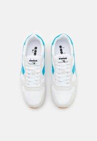 Diadora - ICONA UNISEX - Zapatillas - white/blue estate - 3