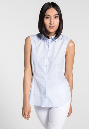 MODERN CLASSIC - Button-down blouse - light blue
