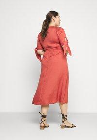 Glamorous Curve - TIE SLEEVE MIDI DRESS - Day dress - faded red - 2