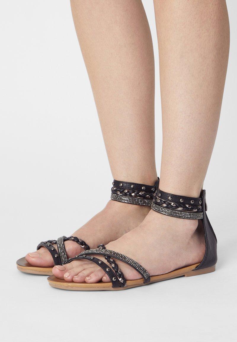 KHARISMA - Sandals - medusa nero